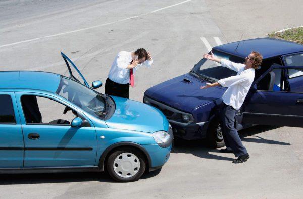 Quy trình xử lý khi ô tô gặp tai nạn